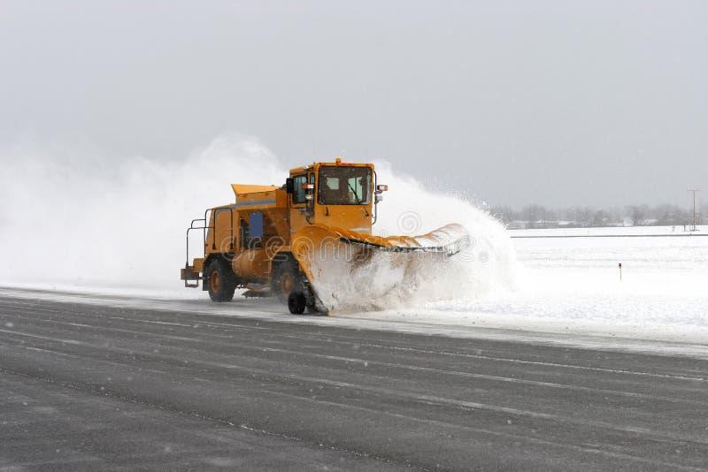 большой снегоочиститель стоковое фото rf