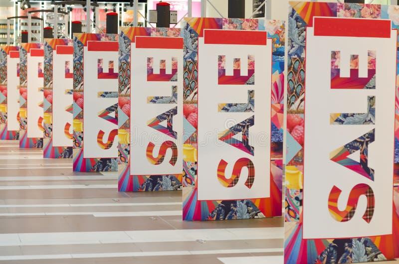 : большой с предпосылки продажи сезона новое собрание стоковые изображения rf