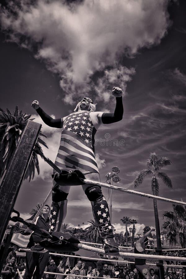 Борец Lucha Libre в старом городке Сан-Диего, Калифорнии, США стоковые фото