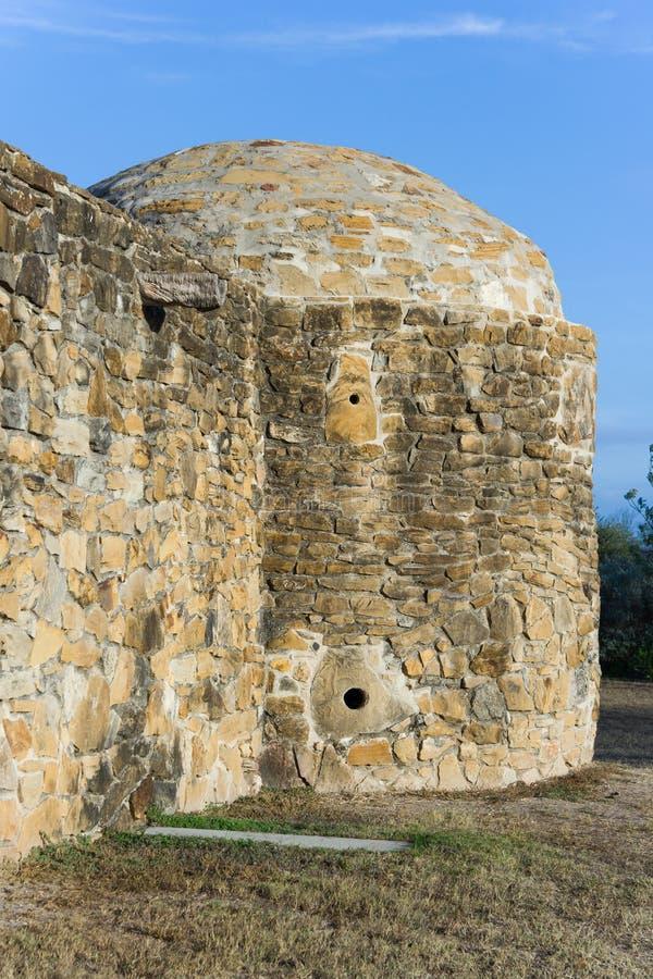 Бортовая башня в полете Сан-Хосе в Сан Антонио, Техас стоковые изображения rf