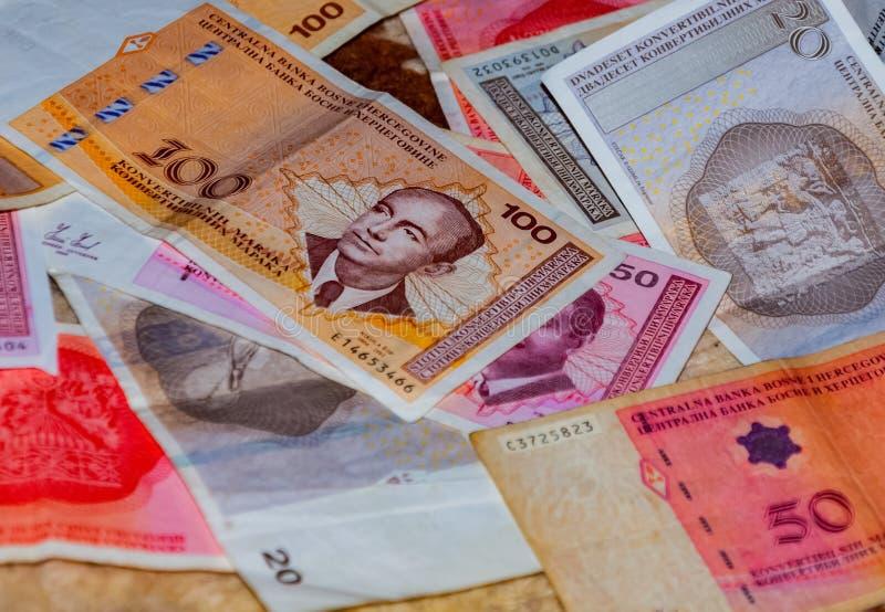 Боснийские бумажные деньги стоковая фотография