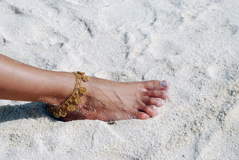 босоногий пляж песочный стоковая фотография