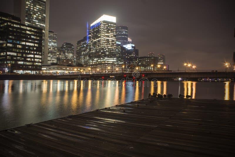 Бостон: Пункт Nightscape форта стоковая фотография rf