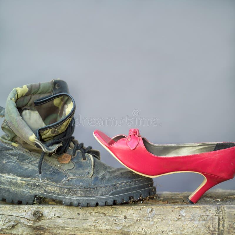 Ботинки и высокая пятка стоковая фотография rf
