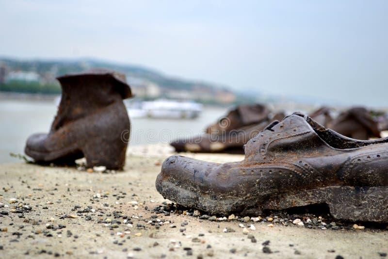 Ботинки на променад Дуна стоковые изображения
