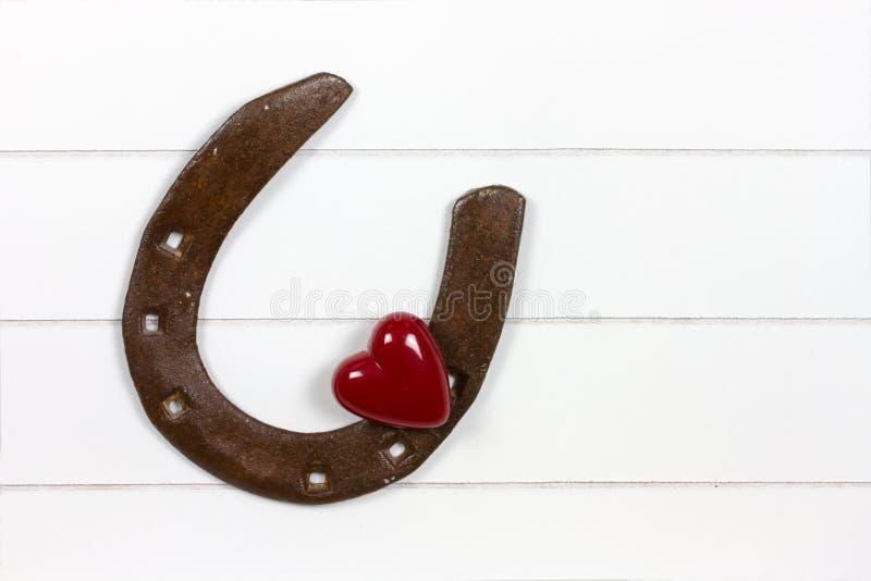 Ботинок лошади с символом сердца стоковое изображение