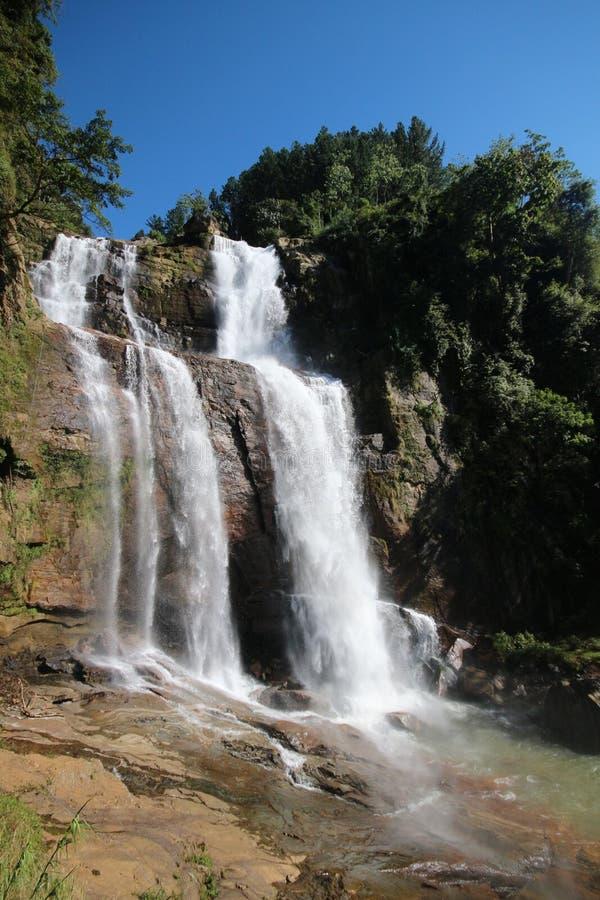 Более низкие падения Ramboda Oya, Шри-Ланка стоковое изображение
