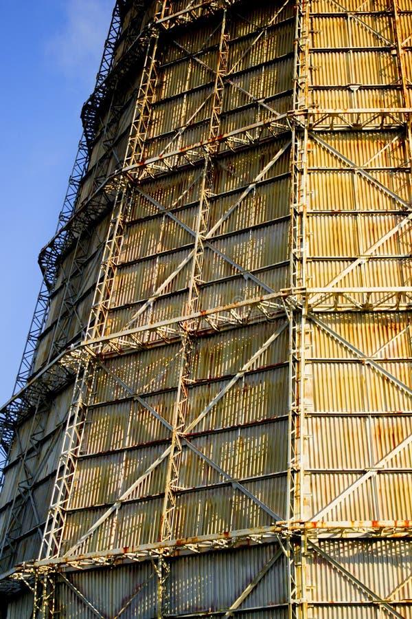 Большая печная труба фабрики шифера стоковое изображение rf