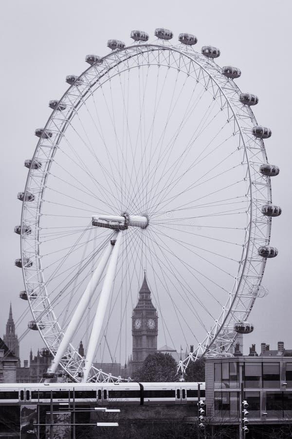 Download Большое Бен через глаз Лондона Редакционное Изображение - изображение насчитывающей улицы, развилки: 41661215