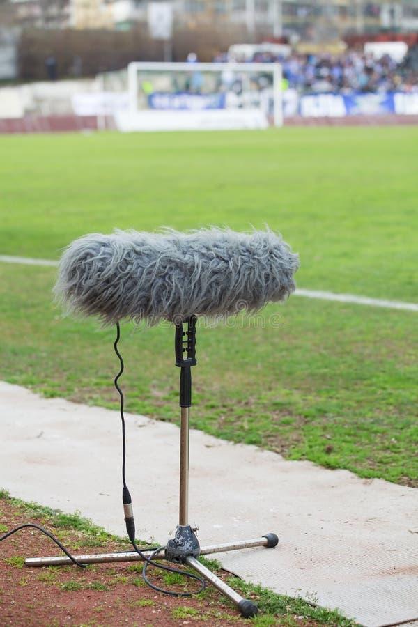 Большое заграждение микрофона для tv стоковое изображение