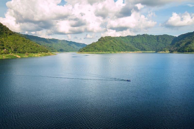 большое озеро стоковая фотография rf