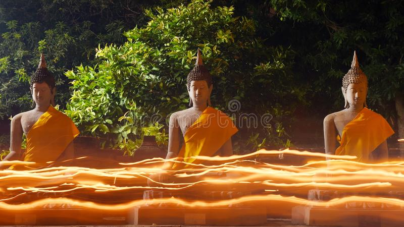 Большой Будда в Wat Yai Chaimongkol, Ayutthaya стоковые фото