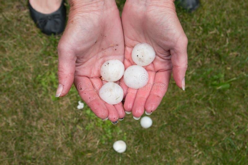 Большой оклик после hailstorm стоковые фото