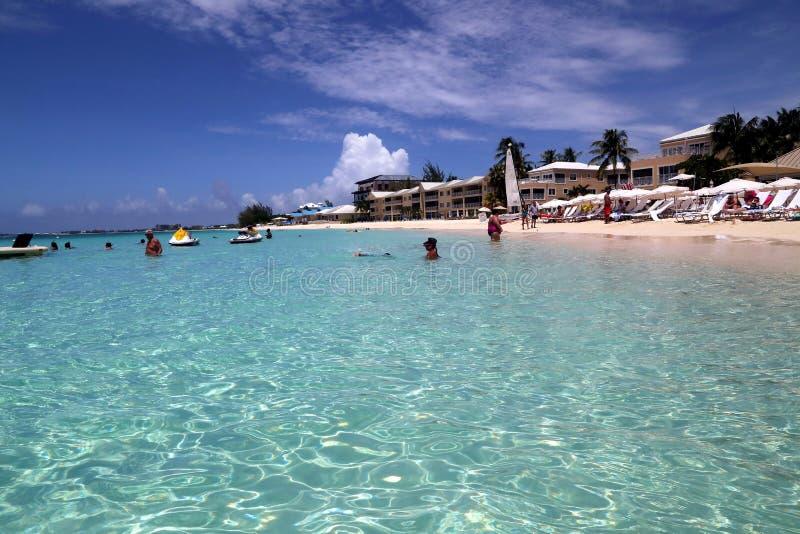 Большой пляжный комплекс Marriott Кеймана стоковые изображения rf