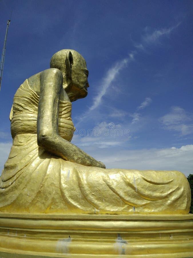 Большой священник скульптуры стоковая фотография rf