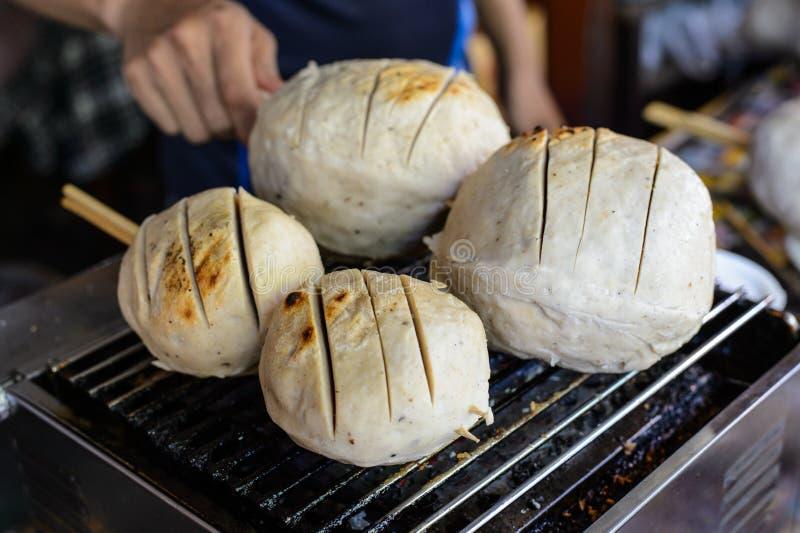 Большой тайский шарик мяса на рынке стоковые изображения