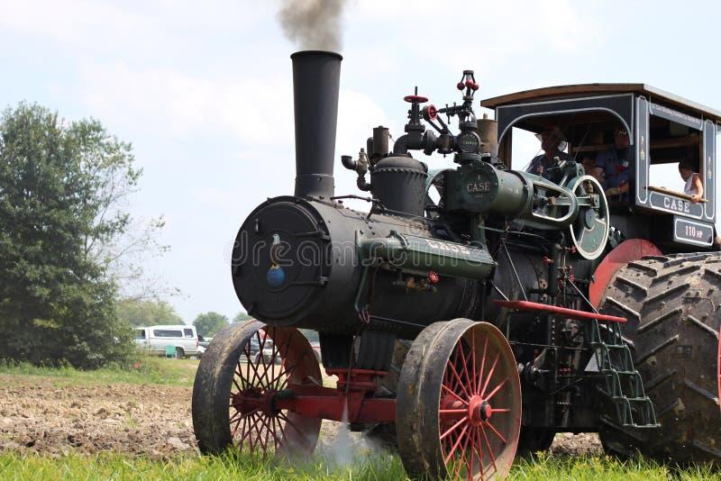 Большой трактор фермы стоковые фотографии rf