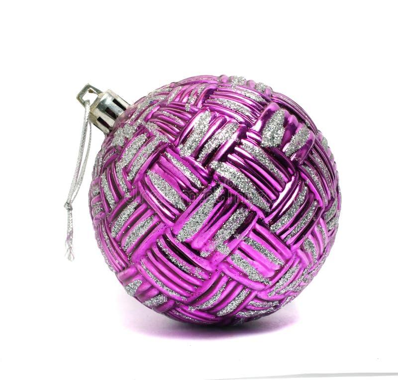 Большой фиолетовый шарик рождества стоковые изображения rf