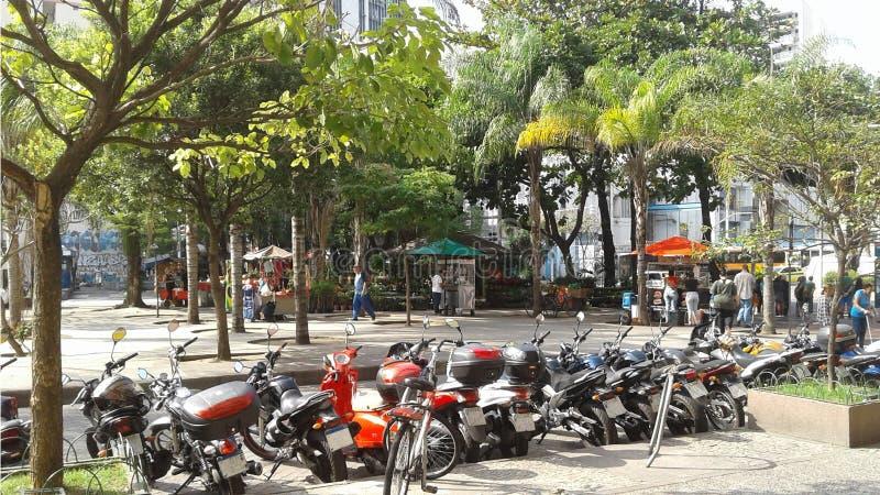 Бразилия - Рио-де-Жанейро - Botafogo - угол улицы стоковое изображение rf