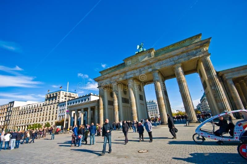 Бранденбургские ворота, Берлин в солнечный день стоковое фото rf