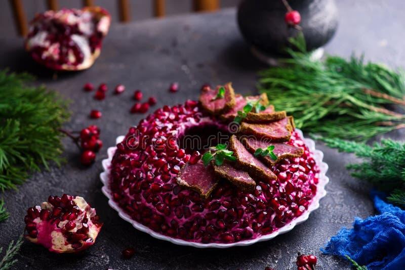 Браслет венисы салата Традиционный русский праздничный салат стоковые изображения rf