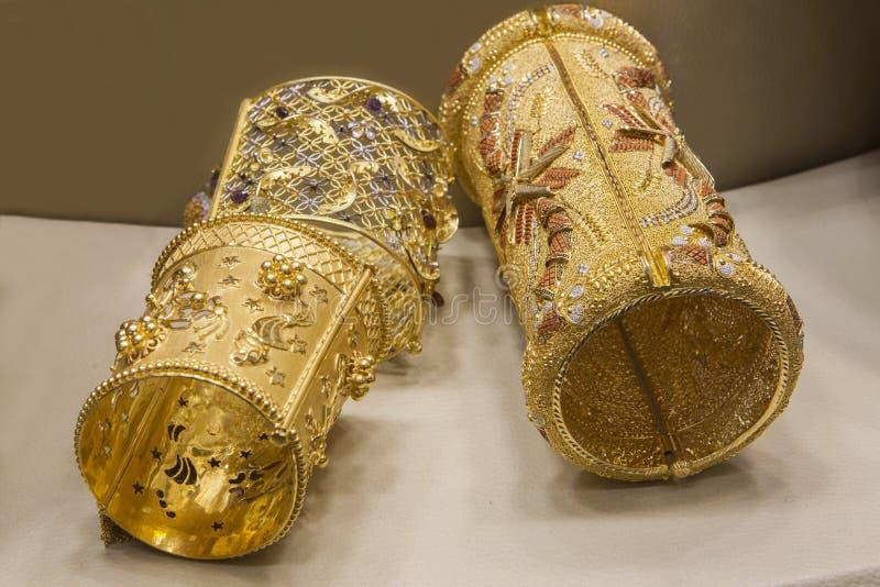 Браслеты золота стоковое фото rf
