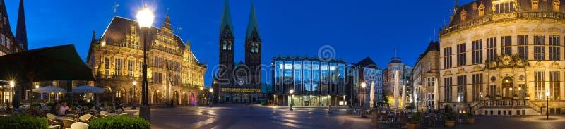 Бремен Германия в панораме определения вечера высокой стоковое фото rf