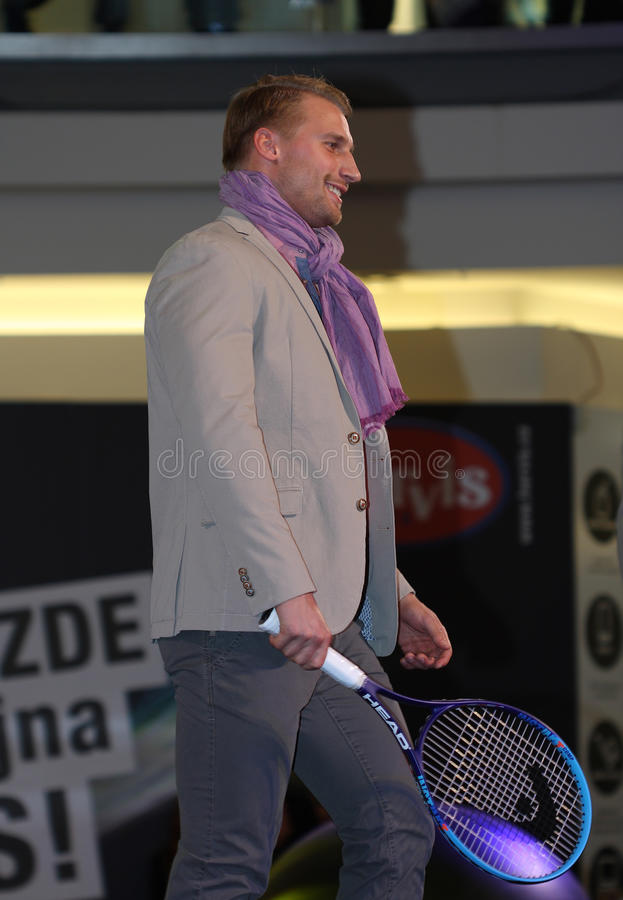 Брно, чех Республик-март 20,2015: Модельный идти на модный парад стоковая фотография rf