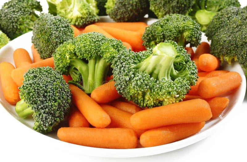 Брокколи и морковь для варить стоковые изображения