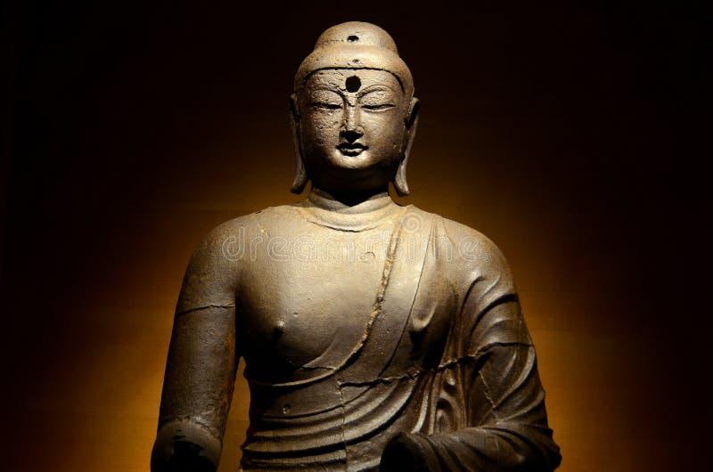 Бронзовая статуя Будды стоковое фото