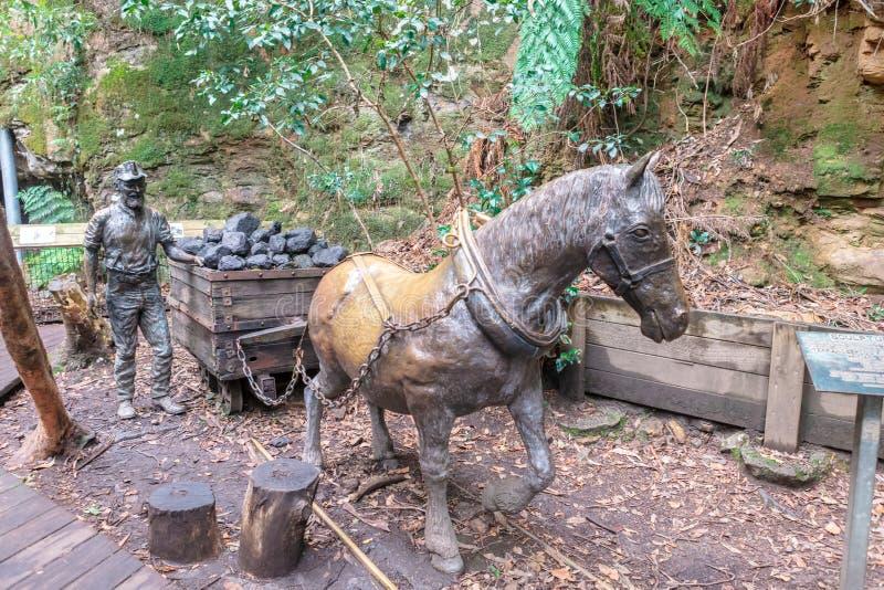 Бронзовая статуя в голубых горах, Новый Уэльс шахтера, Австралия стоковое фото rf