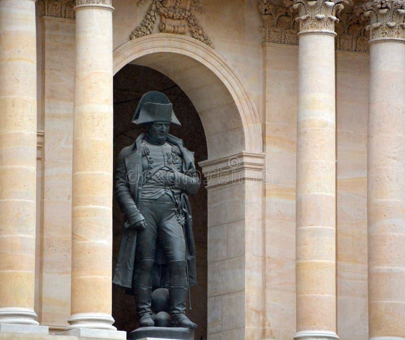 Бронзовая статуя Napoleon Bonaparte 1er, автор Чарльз Эмиль Сёрре стоковое изображение