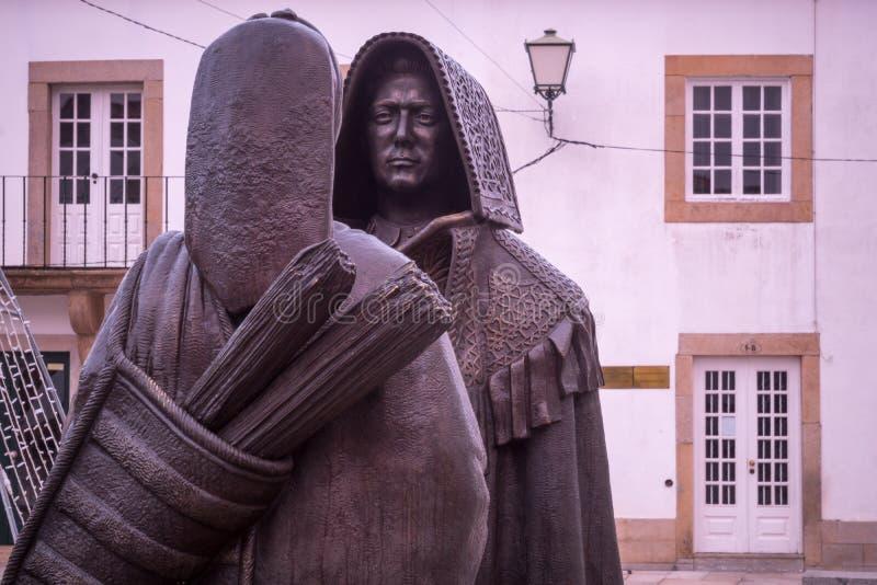Бронзовые статуи в Miranda делают Дуэро стоковое изображение