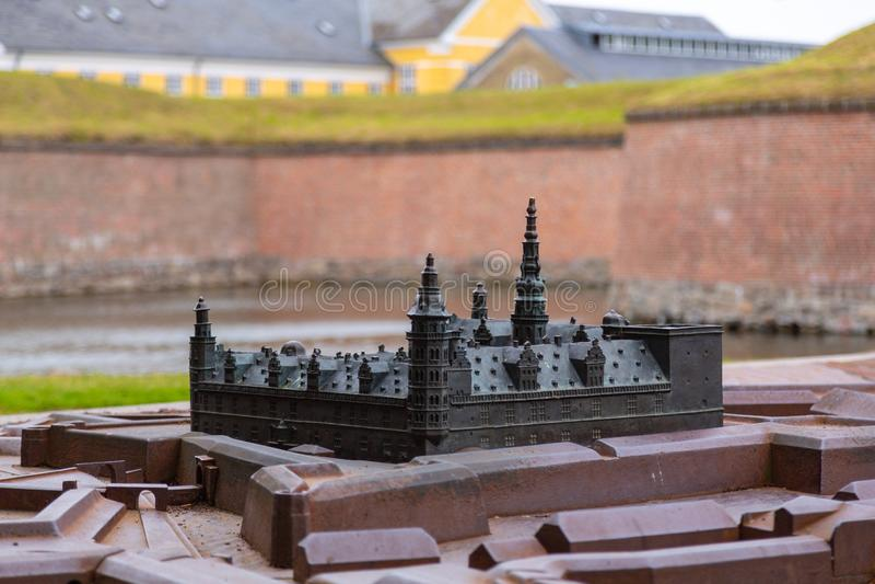 Бронзовый миниатюрный замок Kronborg реплики, Дания стоковые фотографии rf