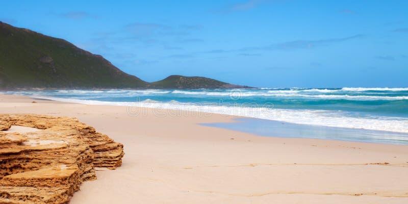 Бросающийся в глаза пляж стоковое изображение rf