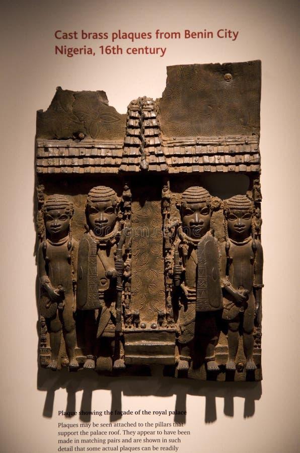 Бросьте латунные металлические пластинкы от города Нигерии Бенина, великобританского музея стоковая фотография