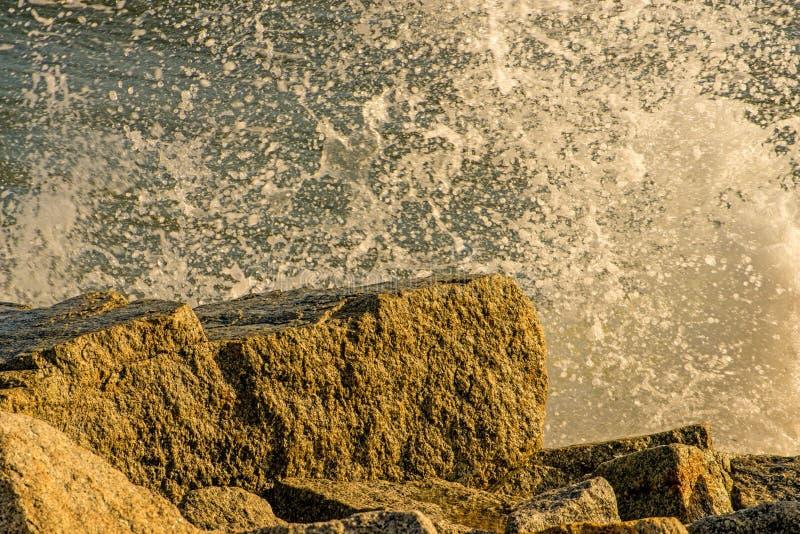 Брызги Балтийского моря против моли стоковое фото rf