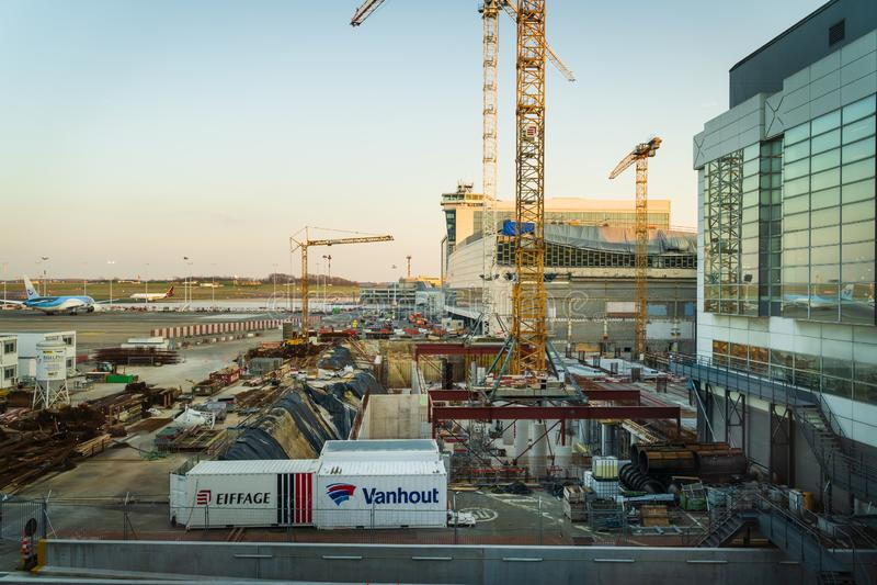 Брюссель, Бельгия, аэропорт марта 2019 Брюсселя, район конструкции для расширения аэропорта стоковая фотография rf