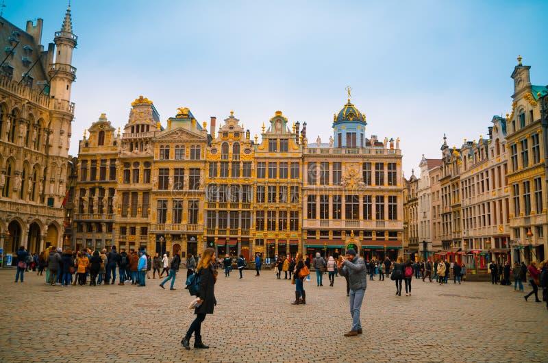 Брюссель в мае фото