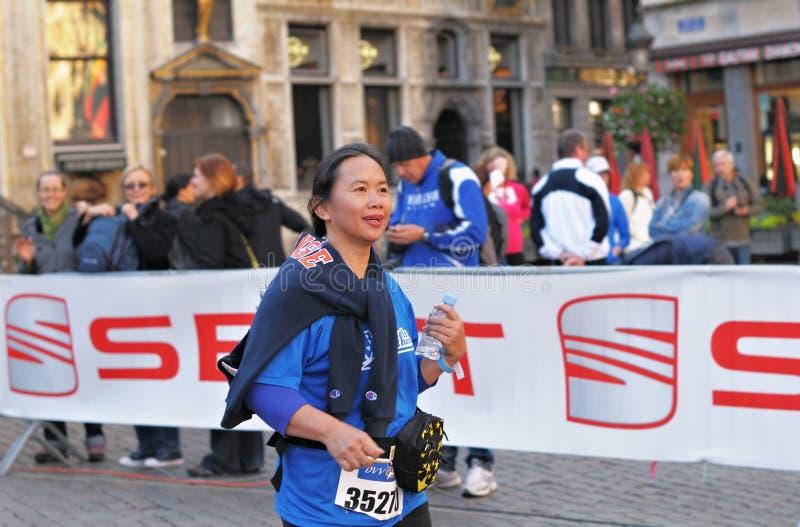 Половинная конкуренция публики марафона 2012 стоковая фотография