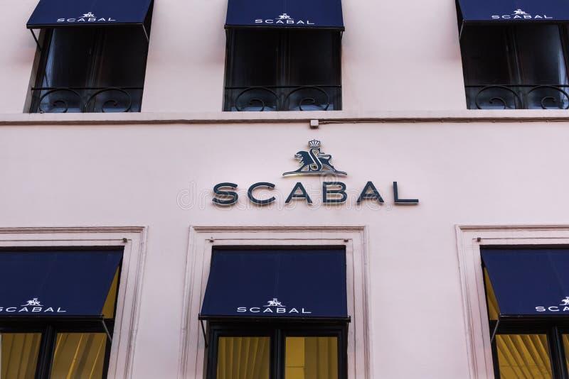 Брюссель, Брюссель/Бельгия - 13 12 18: scabal магазин подписывает внутри Брюссель Бельгию стоковые фото