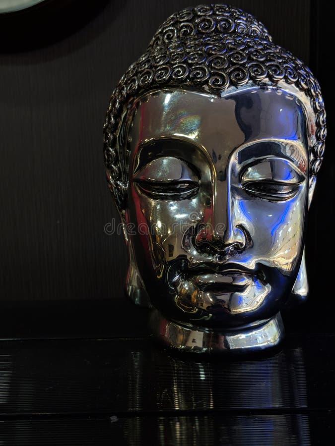 Будда хранитель мира стоковые фото
