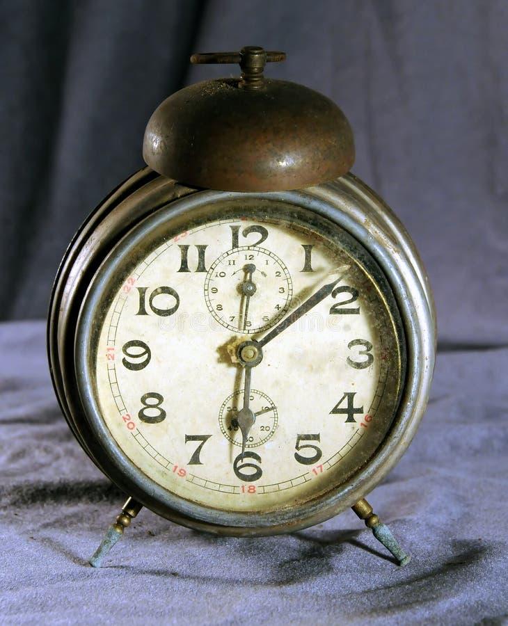будильник старый стоковое фото