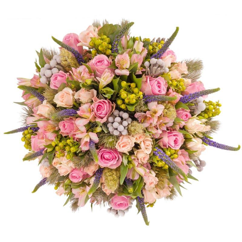Букет взгляд сверху цветков изолированный на белизне стоковые изображения rf