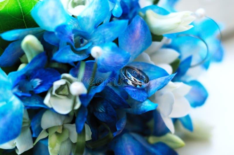 букет звенит 2 wedding стоковая фотография