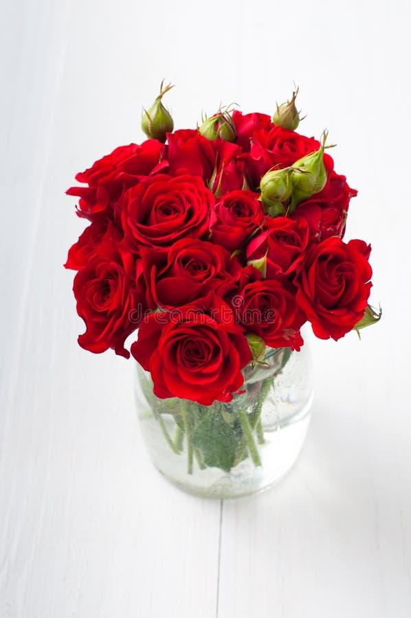 Букет красных роз стоковое фото rf