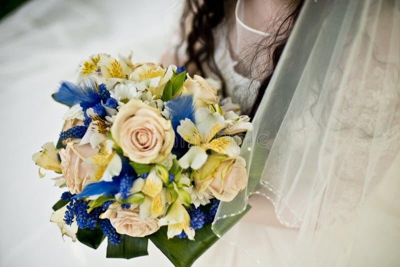 Букет невесты и свадьбы стоковое изображение