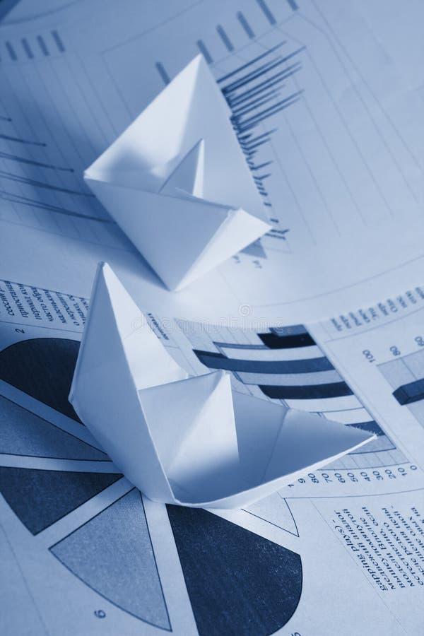 бумага документов принципиальной схемы дела шлюпки стоковое изображение rf