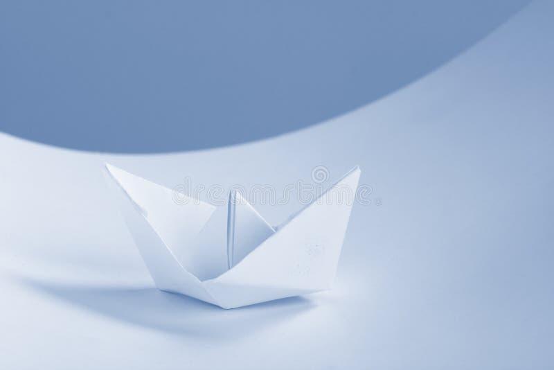 бумага документов принципиальной схемы дела шлюпки стоковые изображения