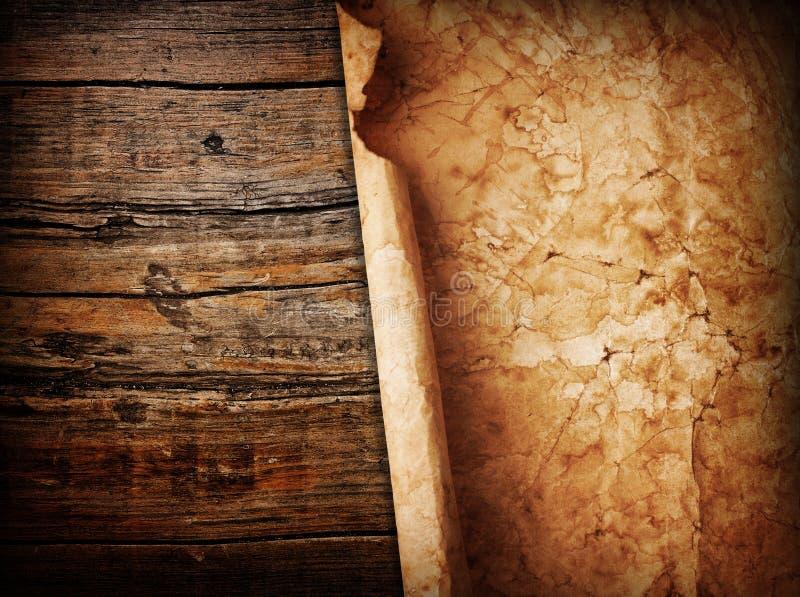 Бумага на древесине стоковые фото